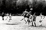 Výhra venku. Fotbalisté Přerova nad Labem nastříleli 23. května roku 1987 svému protivníkovi čtyři branky. Díky tomu slavili jasné vítězství 4:1 na trávníku Ledče