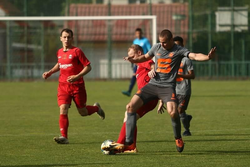 Z fotbalového utkání turnaje Sokoleč cup Velim - Slovan Poděbrady (3:1)