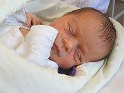 JOSEFÍNA KOPECKÁ se narodila 10. dubna 2018 ve 12.30 hodin s délkou 49 cm a váhou 3 040 g. Na holčičku se těšili rodiče Jitka a Pavel a sestry Anička (14), Deniska (11) a Emička (4) z Hradčan.