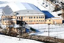 Zimní stadion v Náměšti. Ten poděbradský má vypadat stejně