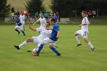 Z fotbalového utkání krajského přeboru Vykáň - Semice (6:3)