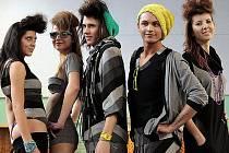 Lyská oděvní škola opět bodovala na soutěžní přehlídce Mladý módní tvůrce v Jihlavě.