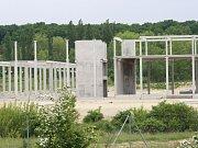 Stavba Vědecko-technického parku v Milovicích se zastavila.
