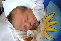 V KOSTOMLÁTKÁCH HOLČIČKU ČEKALI. Ve středu 12. listopadu v 11.48 hodin se rodiče Vlastimil a Markéta dočkali dcery Leony Kopecké. Prvorozená měřila 49 cm a vážila 3610 g.