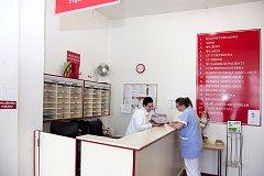 Přerušení dodávky elektřiny částečně omezí provoz v nymburské nemocnici.