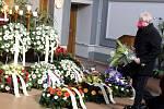 Z posledního rozloučení s dlouholetým starostou Nymburka Ladislava Kutíkem.