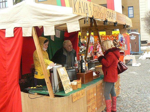 I na náměstí v Nymburce se rozjedou nově Farmářské trhy. Poděbraďáci se jich dočkají možná už v dubnu.