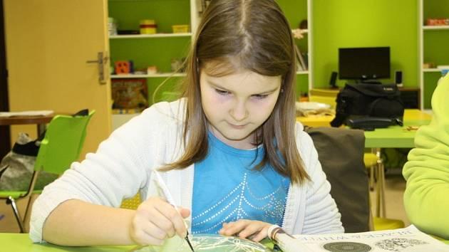 Kreativní výtvarný kurz v Domě dětí a mládeže Nymburk.