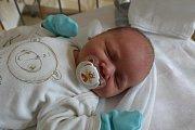 O KÁJOVI DOPŘEDU VĚDĚLI. KAREL PROKEŠ byl dopředu prozrazený kluk. Narodil se mamince Ivě a tátovi Karlovi 6. září 2017 v 17.18 hodin. Doma jsou všichni tři v Jizbicích.