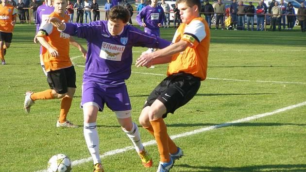 Z fotbalového utkání I.B třídy Libice - Vykáň (2:1)