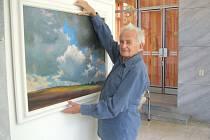 Obrazy Vladimíra Mencla zdobí galerii Ludvíka Kuby