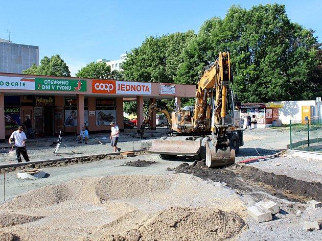 Stavební práce na drahelickém sídlišti pokračují i v těchto dnech.