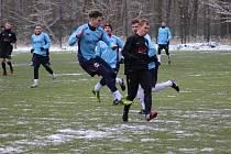 Z přípravného fotbalového utkání Libice nad Cidlinou - Velim (6:2)