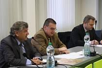 Ministr dopravy Zdeněk Žák v Milovicích.