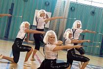 Mažoretky oslavily pohyb v nymburské hale