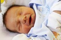 MICHAL SE JMENUJE PO TÁTOVI. Michal Čerepušťák přišel na svět ve středu 2. listopadu 2011, v 8.17. Po porodu, kdy měřil 50 cm a vážil 3 900 g, si byli rodiče Michal a Šárka konečně jistí, že mají kluka. Michal má bráchu Maria a doma je v Milovicích.