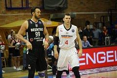 Z basketbalového utkání Ligy mistrů Nymburk - Besiktas (64:70)