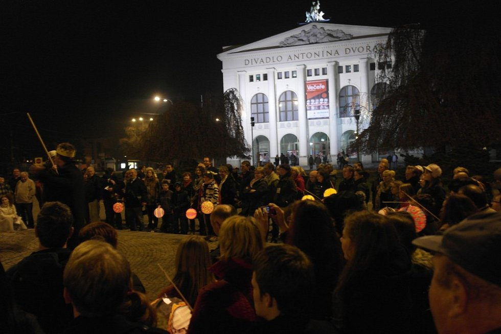 Divadlo Antonína Dvořáka.