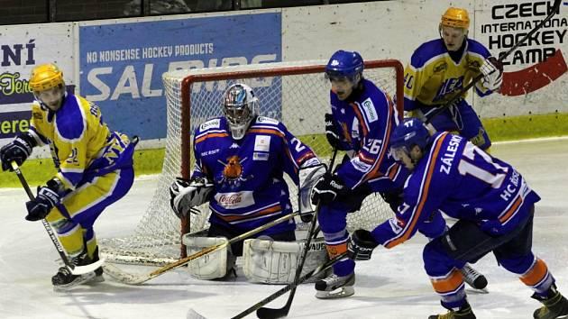 Z utkání druhé hokejové ligy Nymburk - Řisuty (6:4)