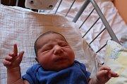 OMAR JE PÁTÝ! OMAR MOHAMED se narodil 15. března 2017 v 11.08 hodin do věru početné rodiny. Klouček s mírami 3 490 g a 49 cm má kromě rodičů Moniky a Mohameda z Nymburka hned čtyři sourozence: Jesicu (21), Viliama (16), Kristiana (14) a Sámera (2).