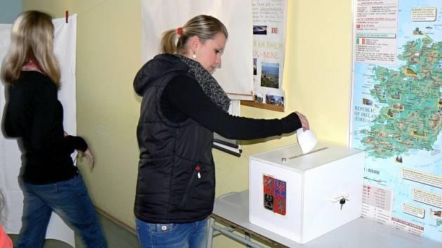 Studentské volby na zdravotnické škole v Nymburce