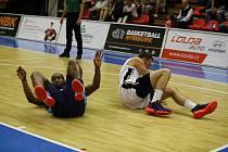 Z basketbalového utkání nejvyšší soutěže mužů Nymburk - Kolín (101:65)