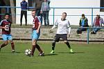 Z fotbalového utkání okresního přeboru Slovan Poděbrady - Jíkev (3:0)