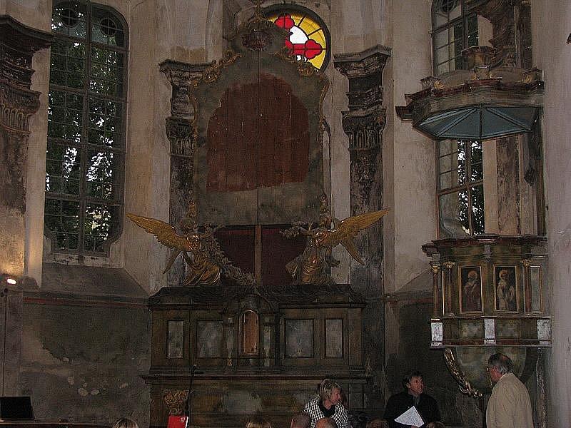 Kaple bývalého kláštera v Nymburce otevřela po 60 letech koncertem nymburských sborů