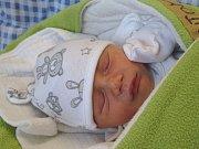 DAVID ANTOŠ se narodil 3. března 2018 ve 22.26 hodin s délkou 49 cm a váhou 2 950 g. Z prvorozeného se radují rodiče Nikolaa Gusta z Jíkve. Chlapeček byl pro ně krásné překvapení.