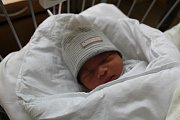 QUANG PHUC JE PRVNÍ KLUK. Guang Phuc se narodil mamince Trang a tátovi Cuong 9. dubna 2017 v 18.10 hodin. Vážil 3 150 g a měřil 46 cm. Rodiče se budou ze svého prvního miminka radovat v Poděbradech.
