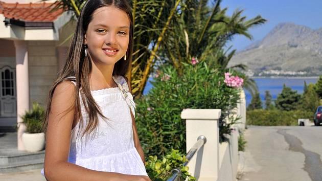 Malá Miss Polabí 2009 Světlana Garejeva z Nymburka.