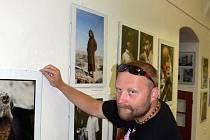 Nymburské vlastivědné muzeum otevřelo výstavu fotografií Jana Vorlíčka a Jana Řehounka.