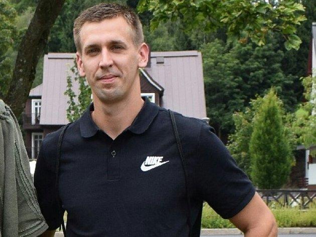 ŘEPKA. Mezi rozhodčími dostal nejvíce hlasů fotbalista Bříství Adam Neček. V civilu pohodový chlapík