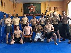 AKCE SE POVEDLA. Zápasníci MMA si první ročník akademie náramně užili