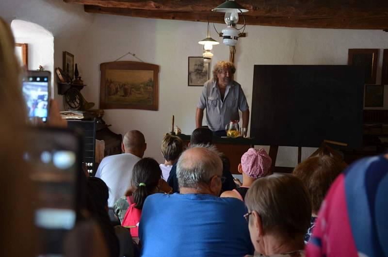 Ve skanzenu v sobotu bavil přítomné režisér Zdeněk Troška.