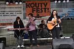 Na druhém ročníku hudebního Kouty fest u Poděbrad vystoupilo dvanáct kapel.