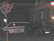 V domě v ulici Na Chmelnici nalezl v roce 2009 majitel stavení tělo muže.