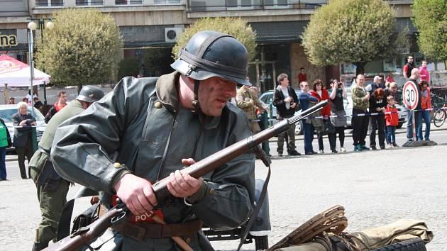 Oslavy 70 let od nymburského povstání na náměstí Přemyslovců v Nymburce.