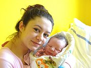 ONDŘEJ Banga se narodil Anně Fečové a Ondřeji Bangovi z Milovic v úterý 19. prosince 2017 v 5.42 hodin s mírami 53 cm a 3 800 g jako prvorozený.