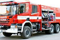 Takovou cisternu chtějí získat nymburští dobrovolní hasiči