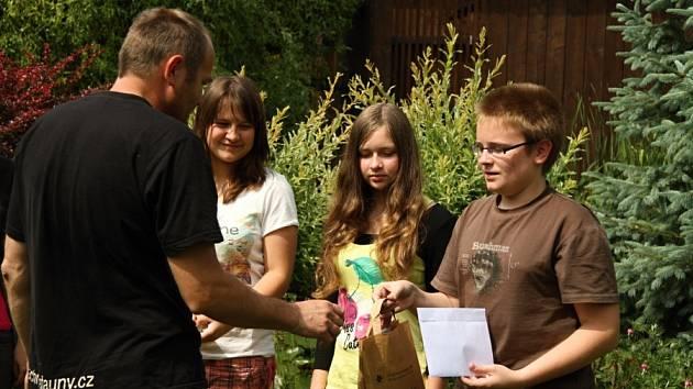 Pátecká stanice pro zraněná zvířata dostala od studentů deset tisíc korun z uspořádané akce.