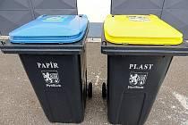 Takové popelnice dostanou prozatím obyvatelé rodinných domů v Jankovicích.