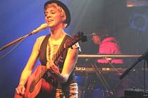 Aneta Langerová s kapelou předvedla v Nymburce poctivý koncert