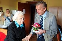 Poděbradští senioři slavili Mezinárodní den žen.