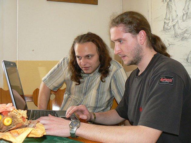 Petr Procházka (vlevo) a Petr Mucha.
