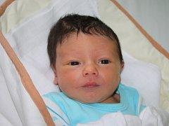 JAK JE DŮLEŽITÉ MÍTI FILIPA. Filip PULDA je klouček narozený 26. října 2015 v 17.30 hodin. Vážil3 570 g a měřil 53 cm. Proslýchá se, že rodiče Marcela a Zbyněk z Loučeně si  přivezli synka z Francie.