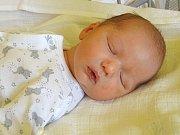 ONDŘEJ PALUSKA se narodil 21. dubna 2018 v 11.55  hodin s délkou 50 cm a váhou 3 160 g. Prvorozený chlapeček byl pro rodiče  Milana a Kateřinu z Peček krásným překvapením.