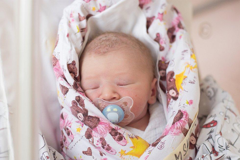 Eliška Chlumská se narodila v nymburské nemocnici 26. listopadu 2020 v 7.21 hodin s váhou 3630 g a mírou 50 cm. Prvorozená holčička bude vyrůstat v Klučově s maminkou Petrou a tatínkem Petrem.