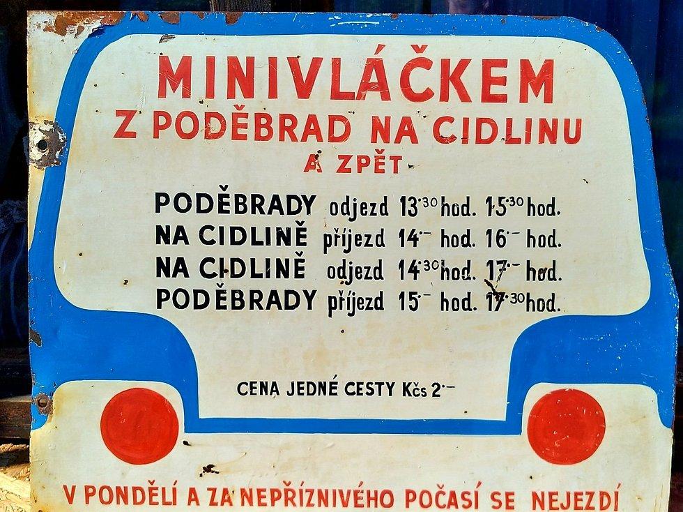 Dnes odměna za vysvědčení - výlet Poděbrady na Cidlinu za 2 kačky.