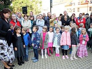Školní rok začal i pro více než 570 dětí na Základní škole Tyršova v Nymburce.